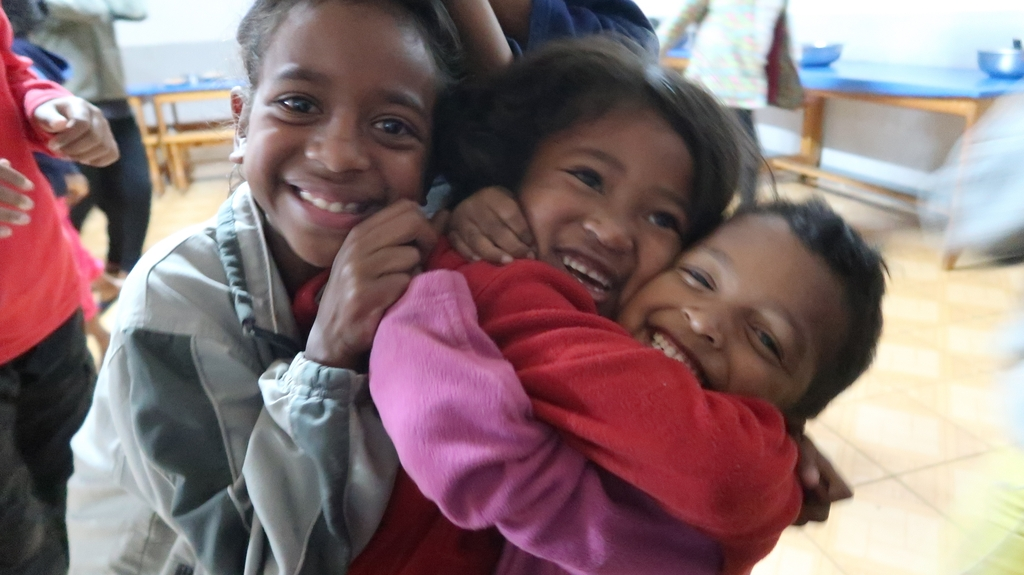Bambini nell'orfanotrofio di Tsaravavaka, Madagascar